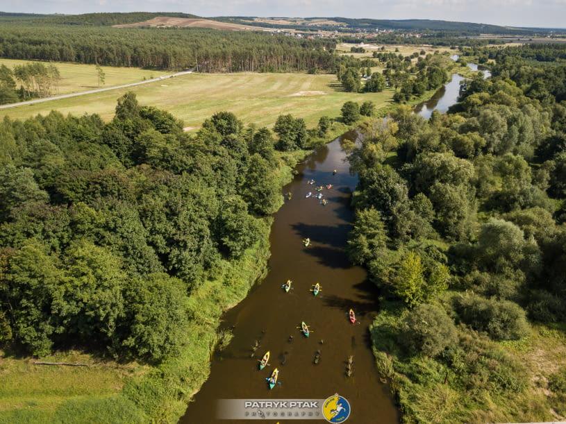 Spływ kajakowy rzeką Nidą